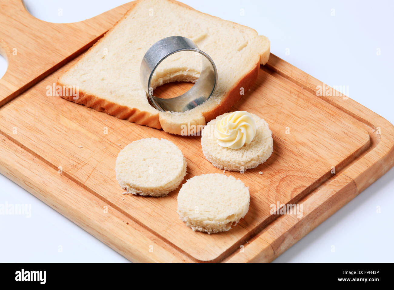 Bread bases for canapes - Stock Image