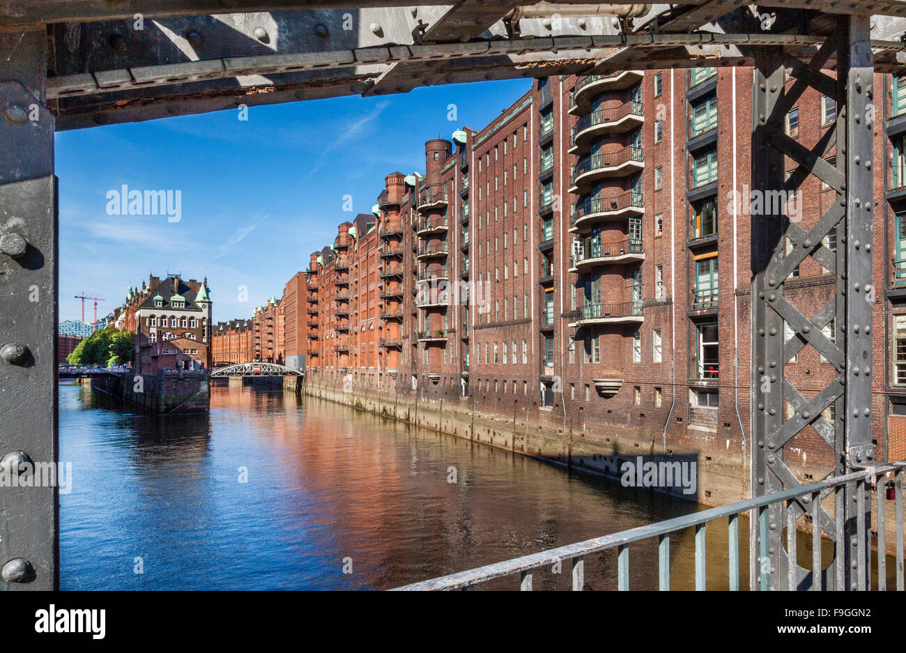 Germany, Free and Hanseatic City of Hamburg, the Neo-Gothic red-brick warehouses of the Speicherstadt at Wandrahmsfleet - Stock Image