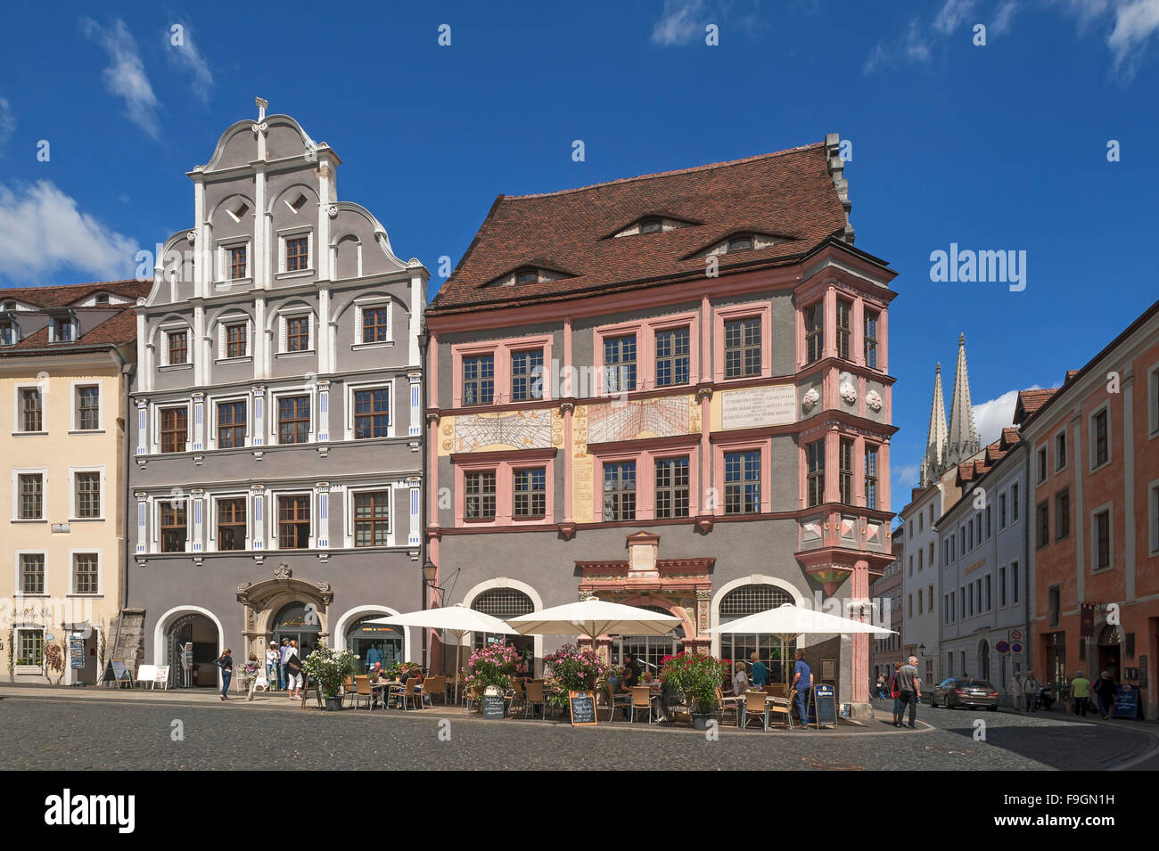 Old town council apothecary, two sundials, house with whispering arch left, Untermarkt, Görlitz, Upper Lusatia, - Stock Image
