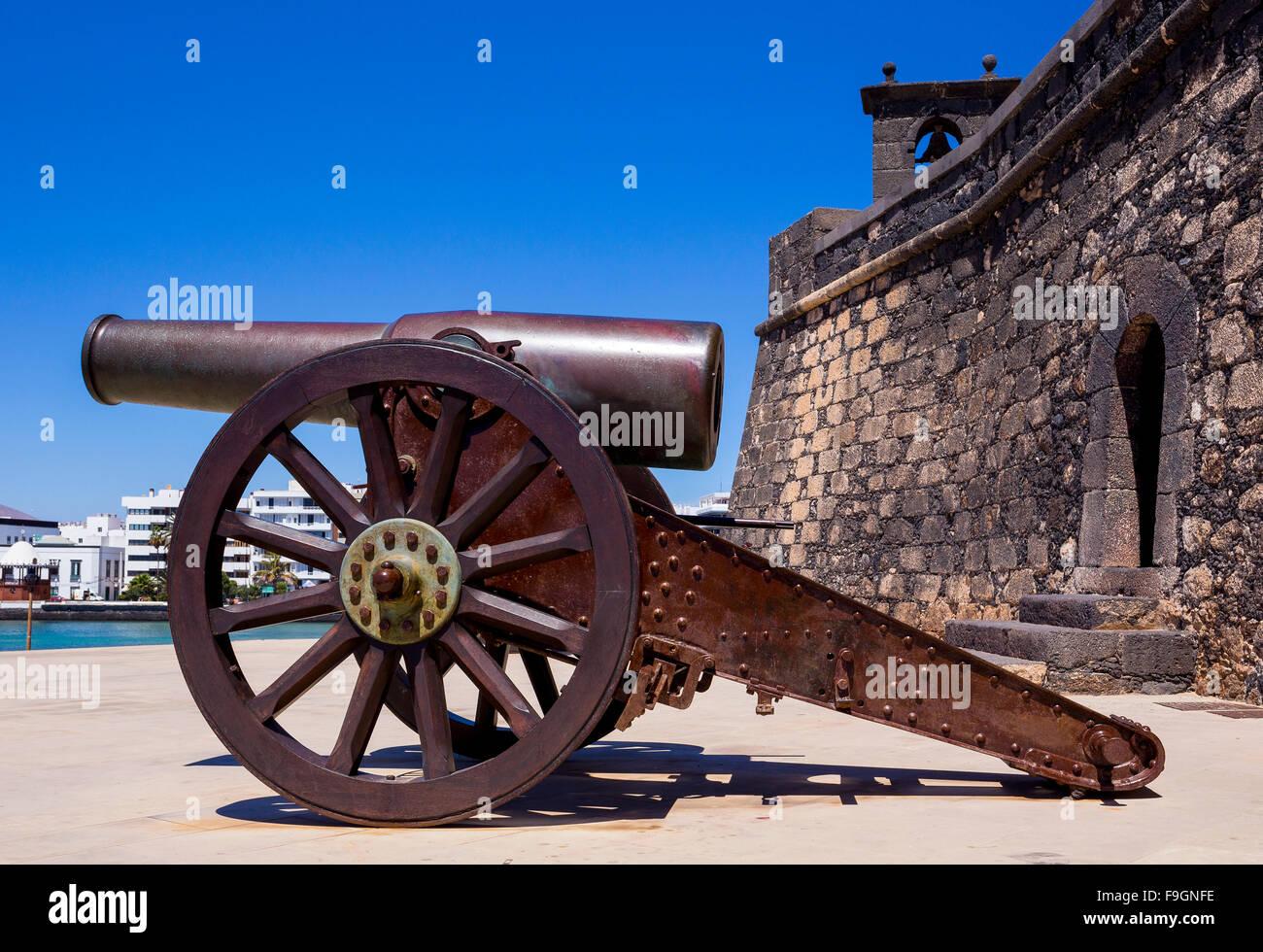 Cannon, fort, Castillo de San Gabriel, Arrecife, Lanzarote, Canary Islands, Spain - Stock Image