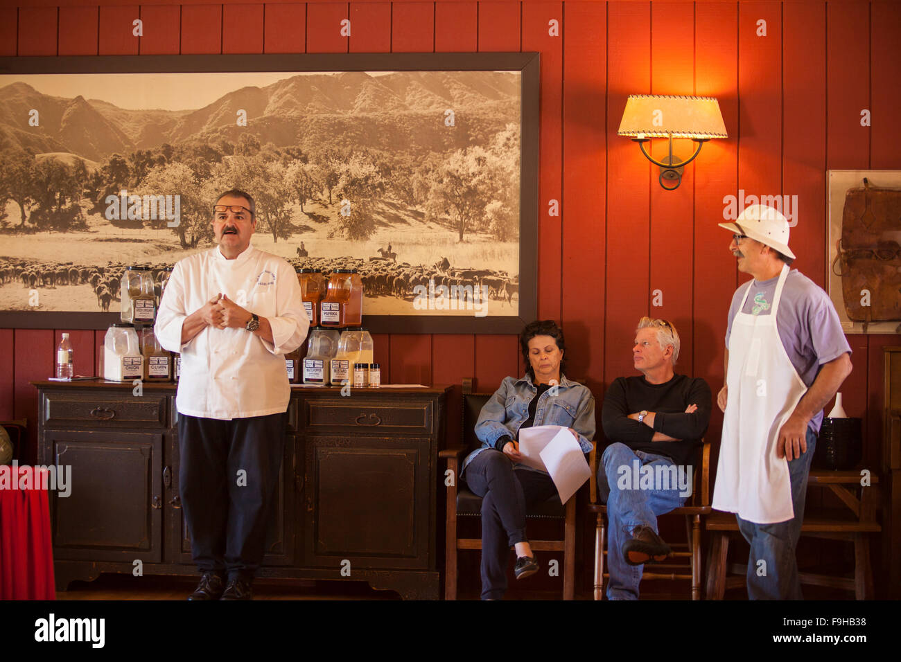 Chef Pascal Gode lectures at the Spice Seminar, BBQ Bootcamp, Alisal Guest Ranch, Solvang, California - Stock Image
