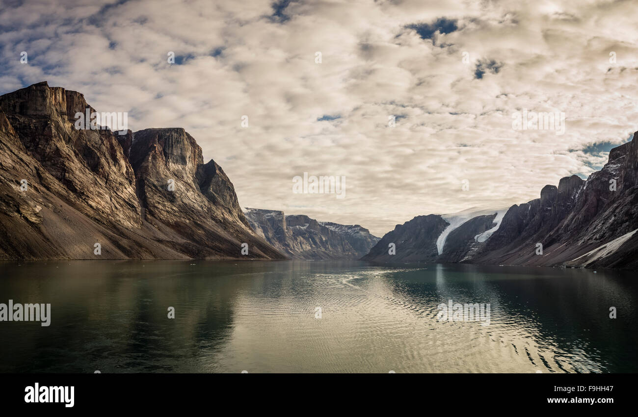 ICY FJORD   NORTHEAST FJORDS      BAFFIN ISLAND      CANADA - Stock Image