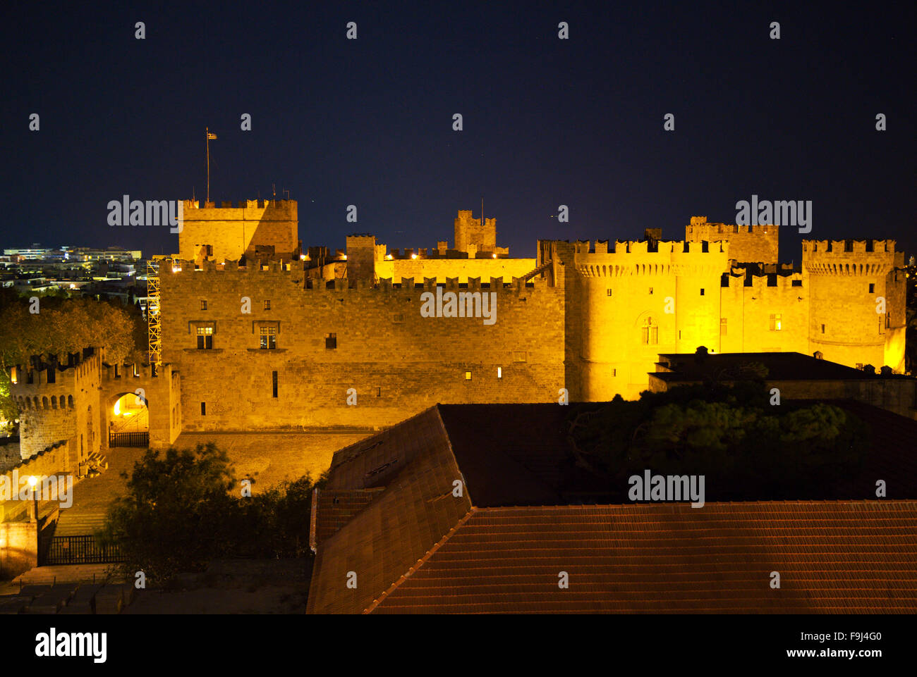 Castle in Rhodos at night - Stock Image
