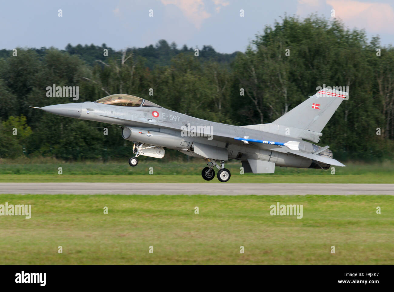 General Dynamics F-16A Fighting Falcon of Denmark Air Force landing - Stock Image