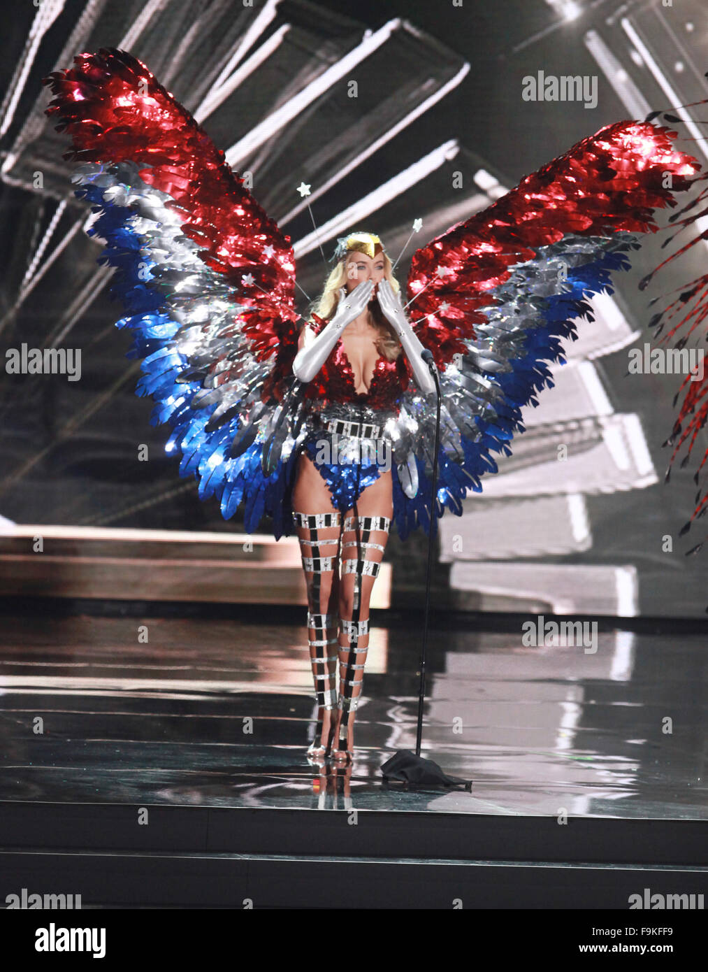 Las Vegas, Nevada, USA. 16th Dec, 2015. Miss USA Olivia Jordan participates in the National Costume Show during - Stock Image