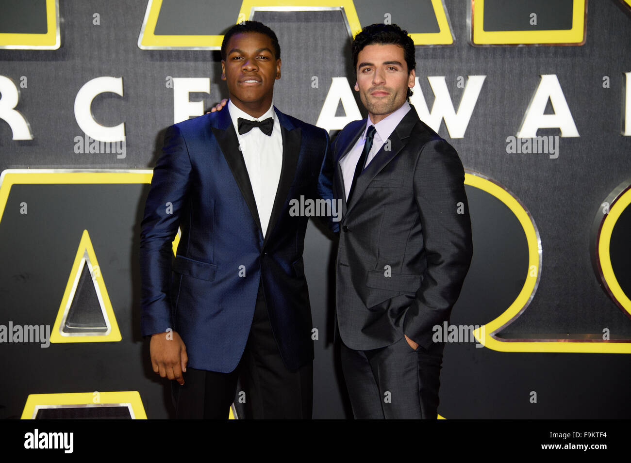 John Boyega and Oscar Isaac pose at the 'Star Wars: The Force Awakens ' premiere in London - Stock Image