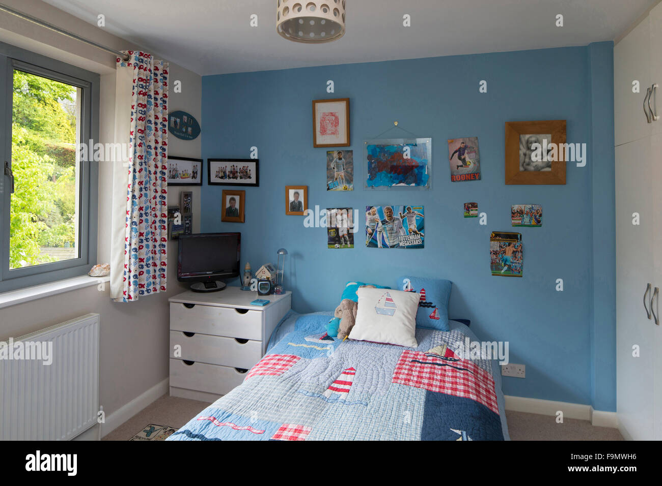 A boy\'s bedroom in a modern family house Stock Photo ...