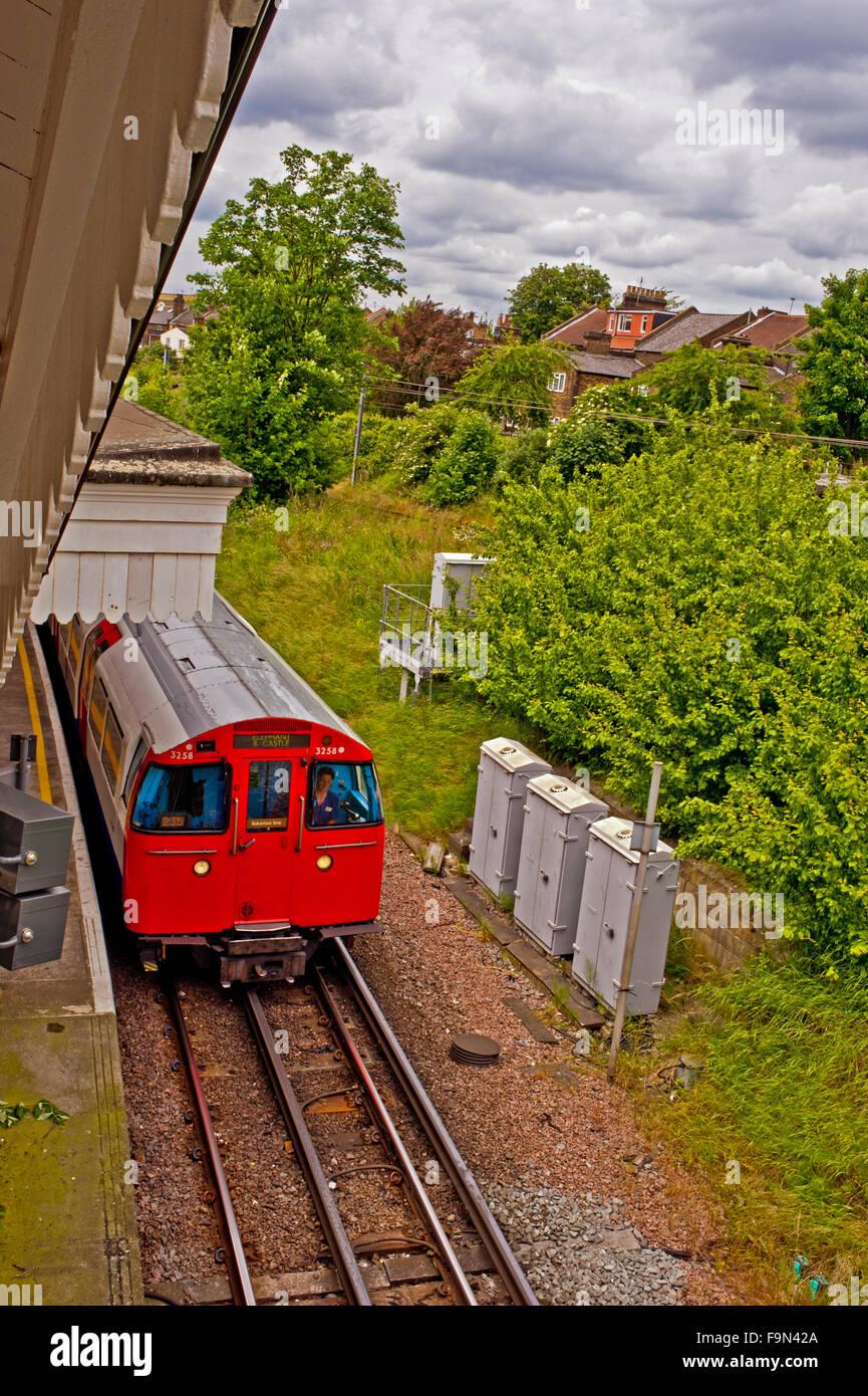 Tube Train, Willesden Green - Stock Image