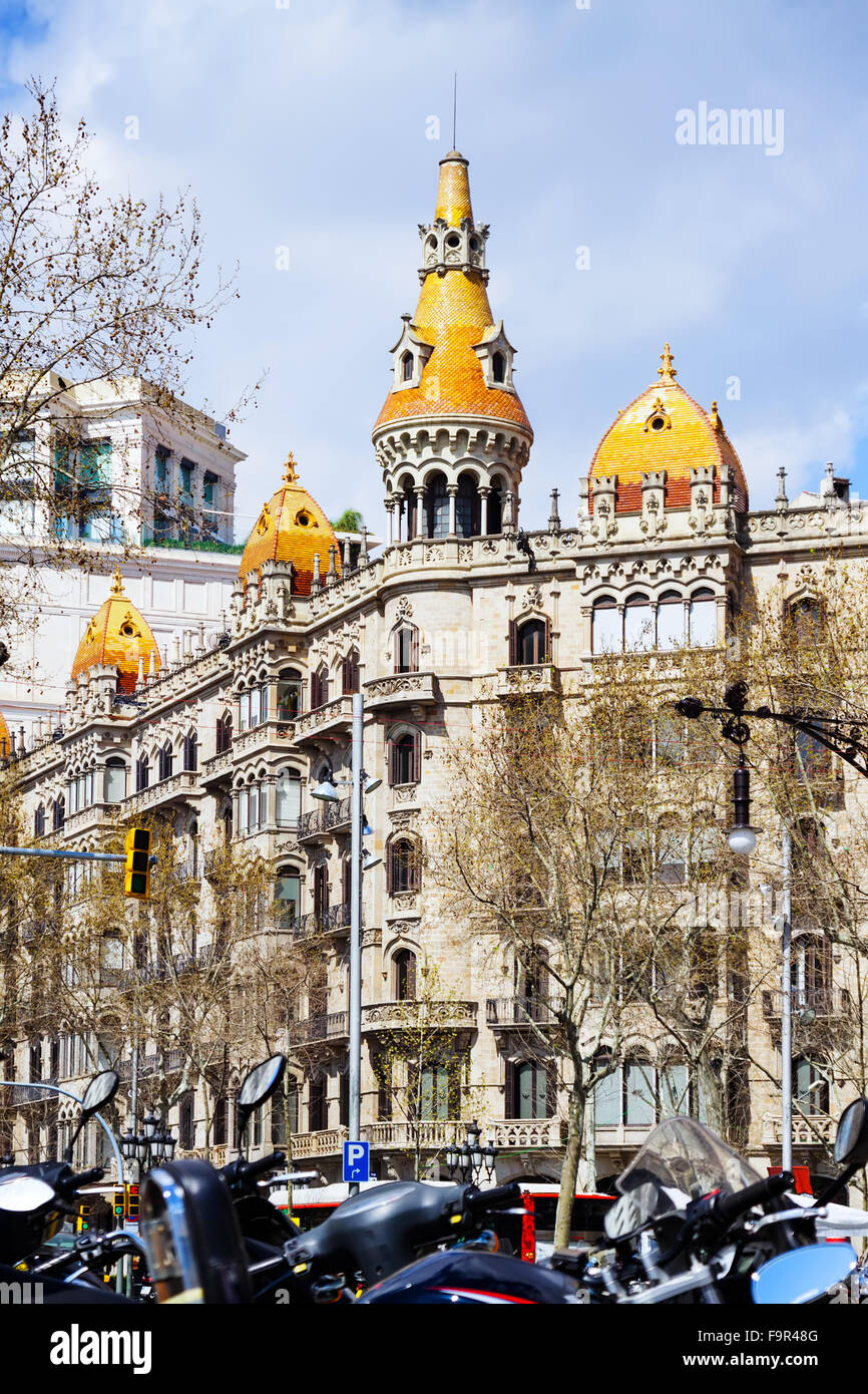 Pons houses, built in 1890–1891 by Enric Sagnier. Barcelona - Stock Image