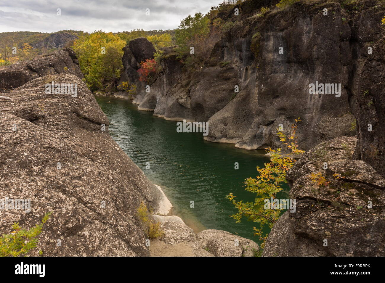 The conglomerate Venetikos river gorge, south of Grevena Stock Photo