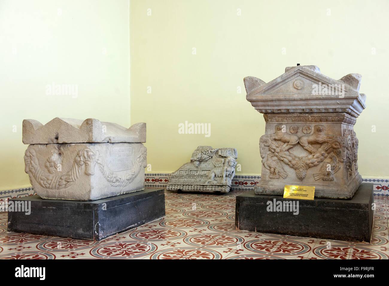 Türkei, westliche Schwarzmeerküste, Kastamonu, Archaeologisches Museum, Sarkophage. - Stock Image