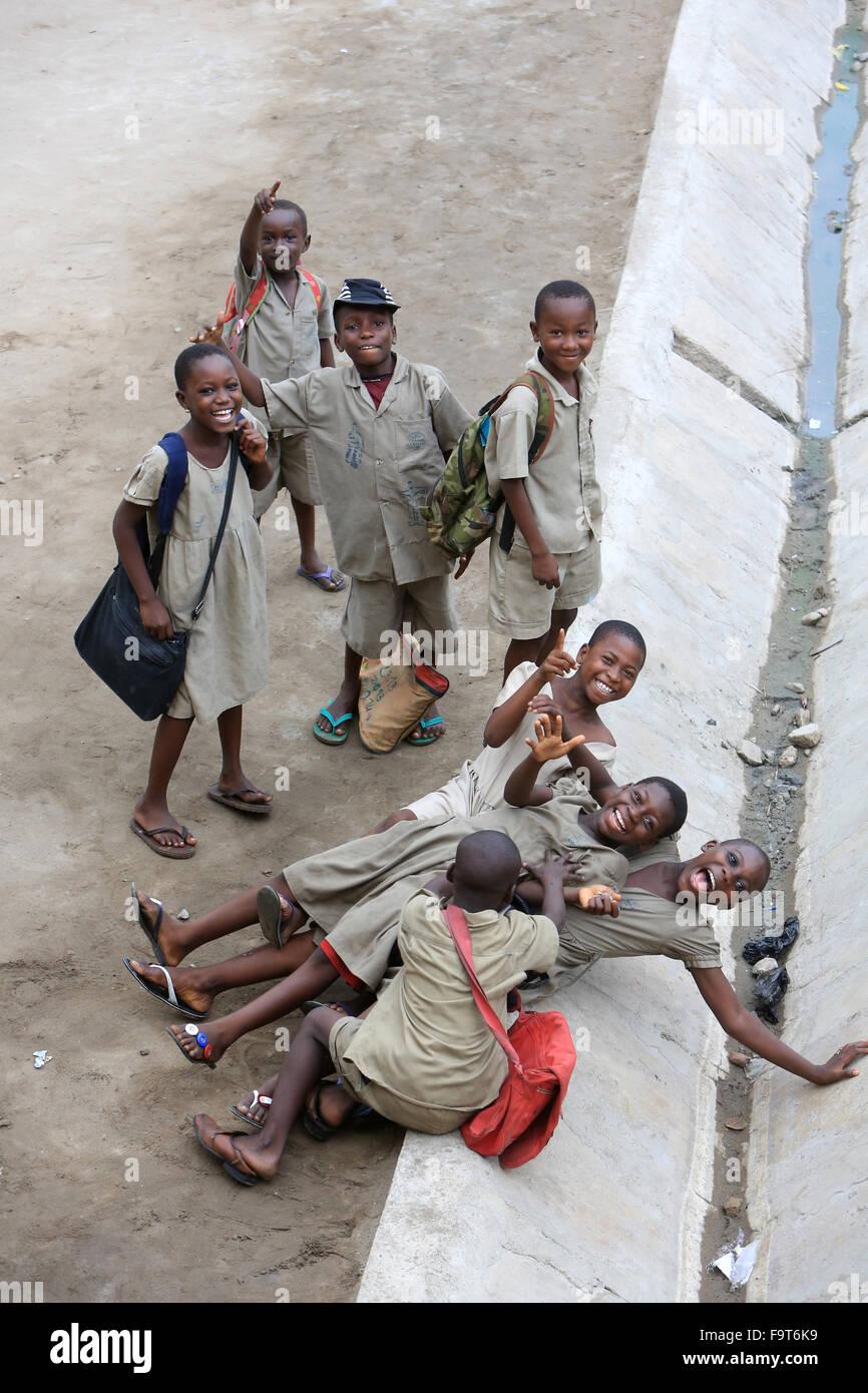 School children in the playground. Primary School. - Stock Image