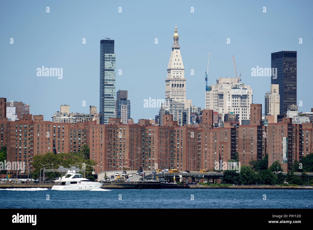 Day Time View Of Manhattan From Williamsburg Brooklyn With View Of