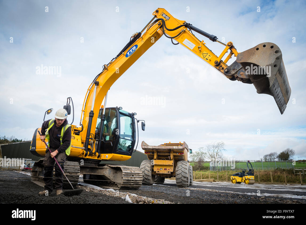Yellow Heavy Jcb Digger Excavator Plant Machinery At Work On Stock