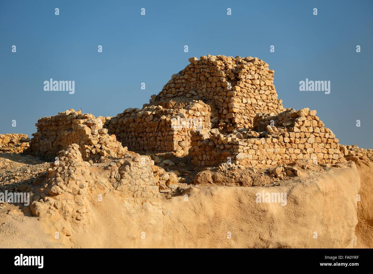 Ruins of the old city of Ubar in the Rub al-Khali desert at Shisr, Dhofar, Oman Stock Photo