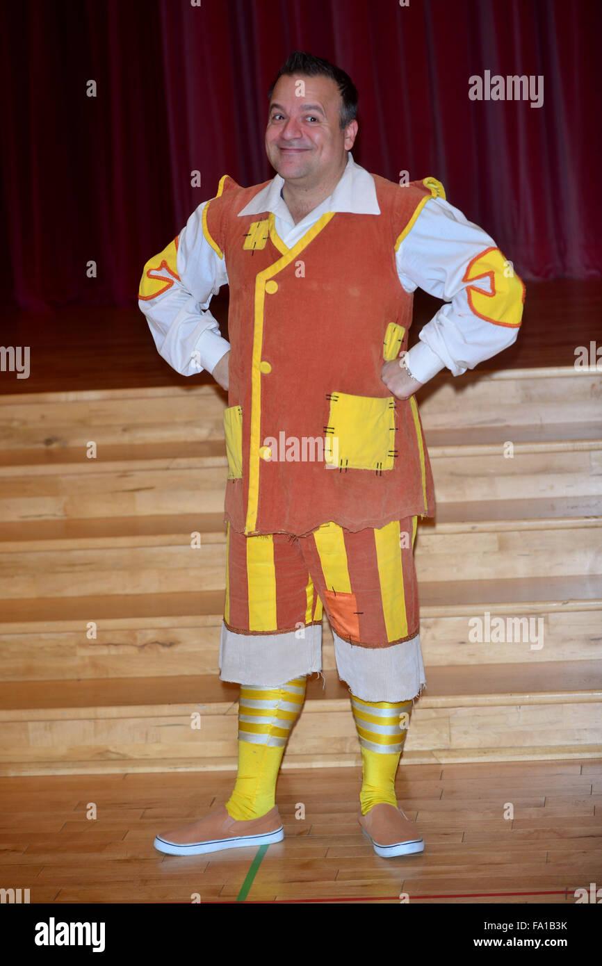 Photocall For Christmas Panto Aladdin At Milton Keynes Theatre Featuring Kev Orkian Where Milton Keyens United Kingdom When