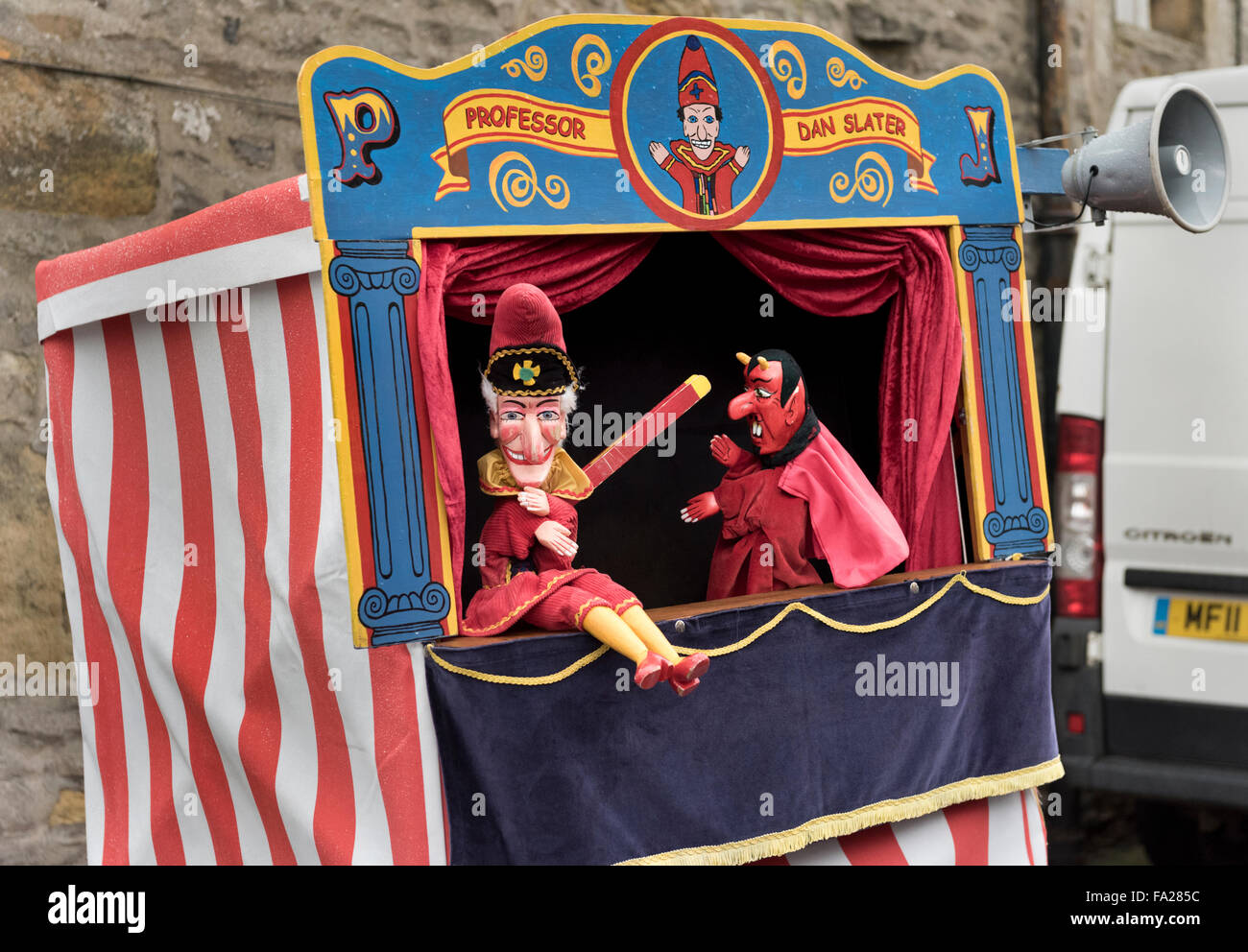 Traditional Punch and Judy Show at Grassington Dickensian Festival, North Yorkshire, December 2015 - Stock Image