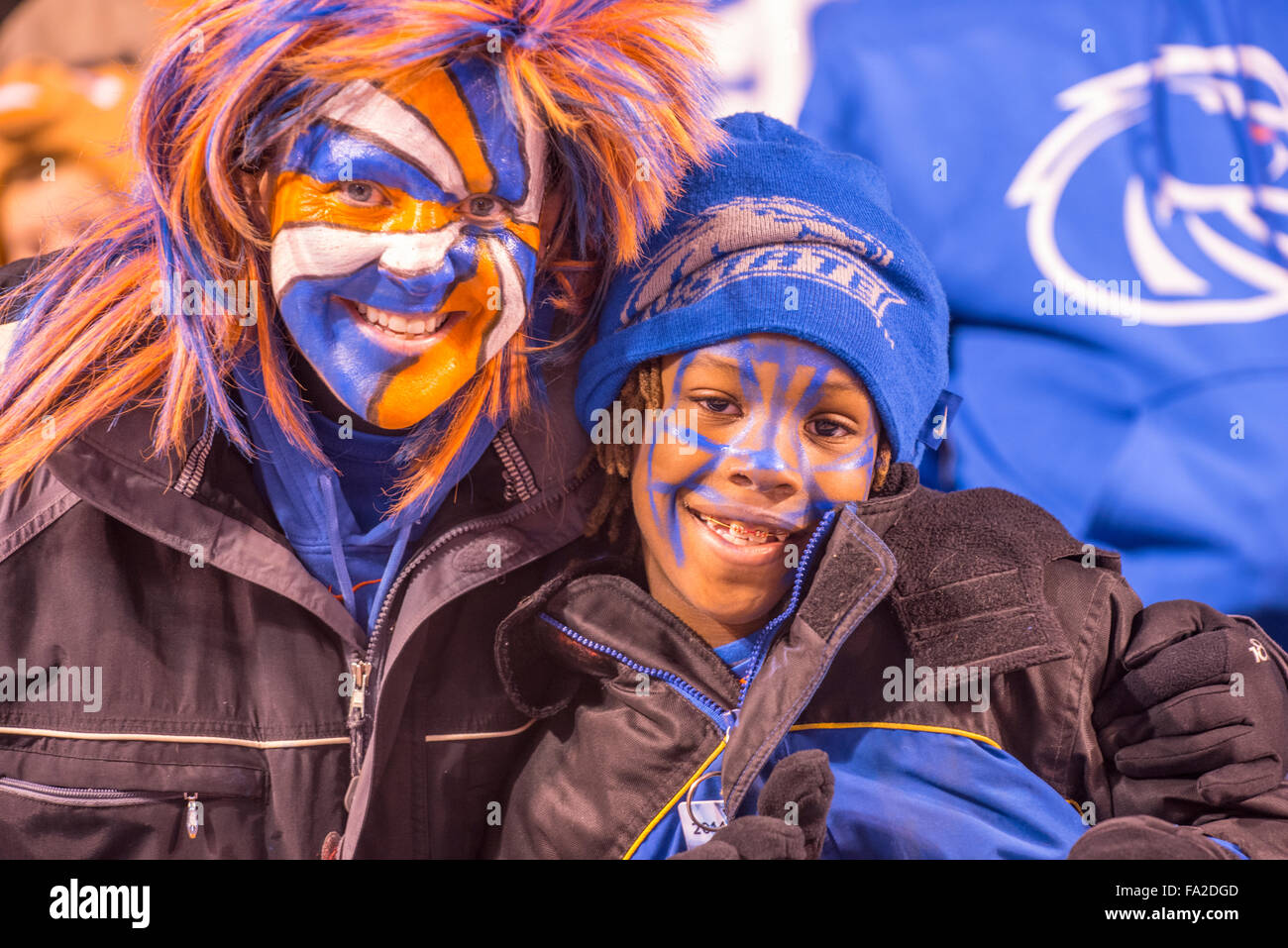 FOOTBALL FANS, Mother and Son celebrating during Bose State Football Game at Albertsons Stadium, Boise, Idaho - Stock Image