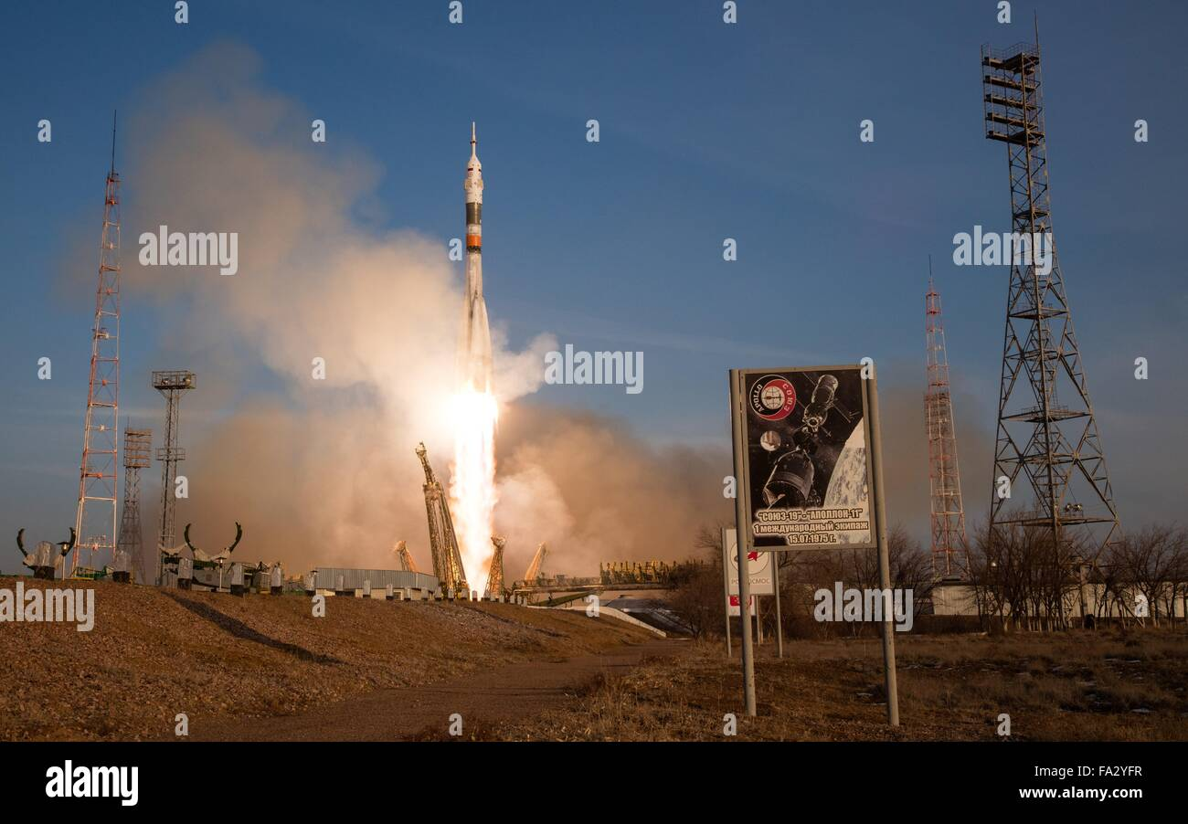 The Soyuz TMA-19M spacecraft launches carrying Expedition 46 crew members December 15, 2015 in Baikonur, Kazakhstan. - Stock Image