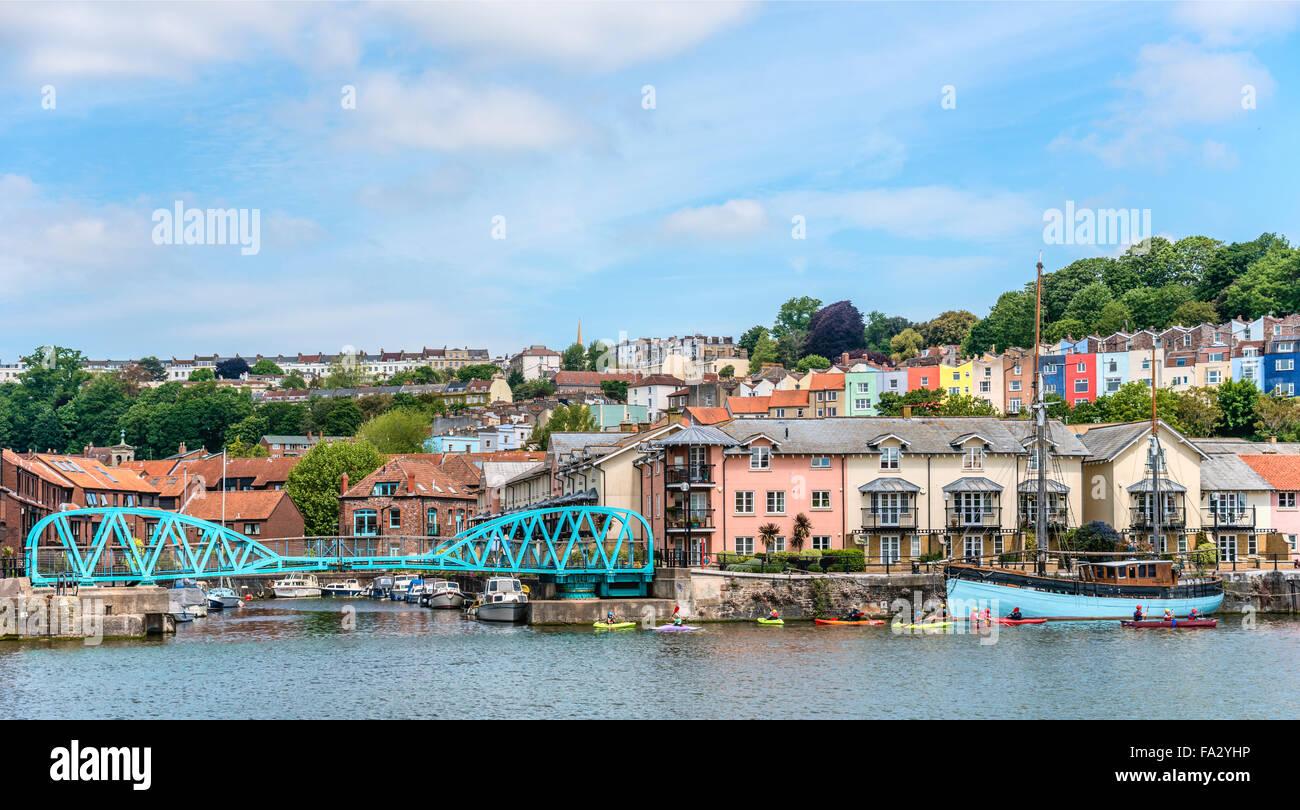 Junction Lock Bridge at the Floating Harbor, Bristol, Somerset, England, UK - Stock Image