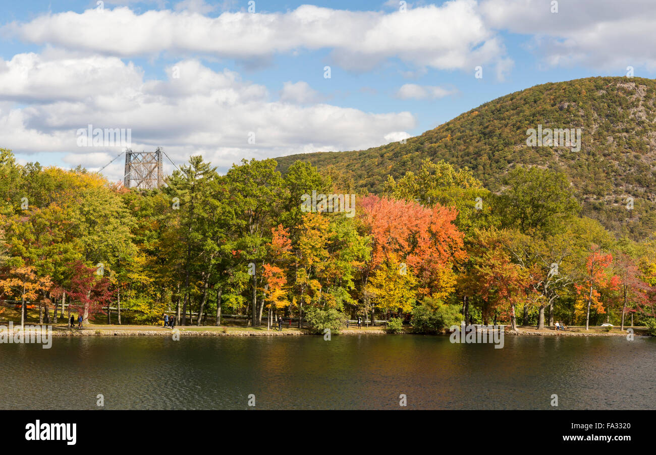 Early Autumn on Hessian Lake in Bear Mountain State Park, New York. - Stock Image