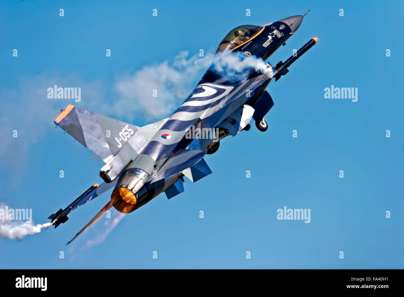 A Royal Netherlands Air Force General Dynamics F-16AM Fighting Falcon, J-055, taking off at the RIAT, RAF Fairford, Stock Photo