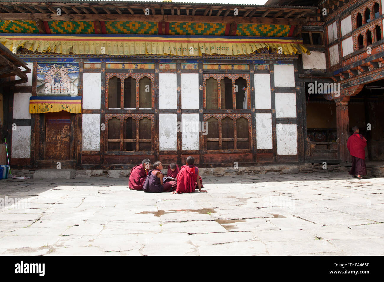 Young monks studying in Jakar, Bhutan - Stock Image