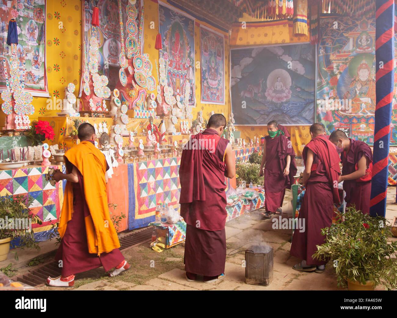 Preparing the candles at the Gangteng monastery in Phobjikha, Bhutan - Stock Image