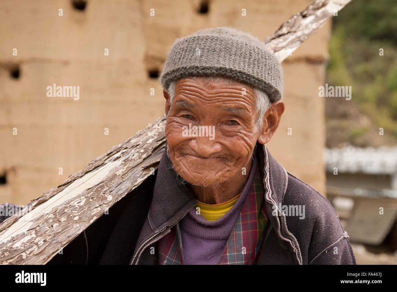 Old man in the Haa valley in Bhutan - Stock Image