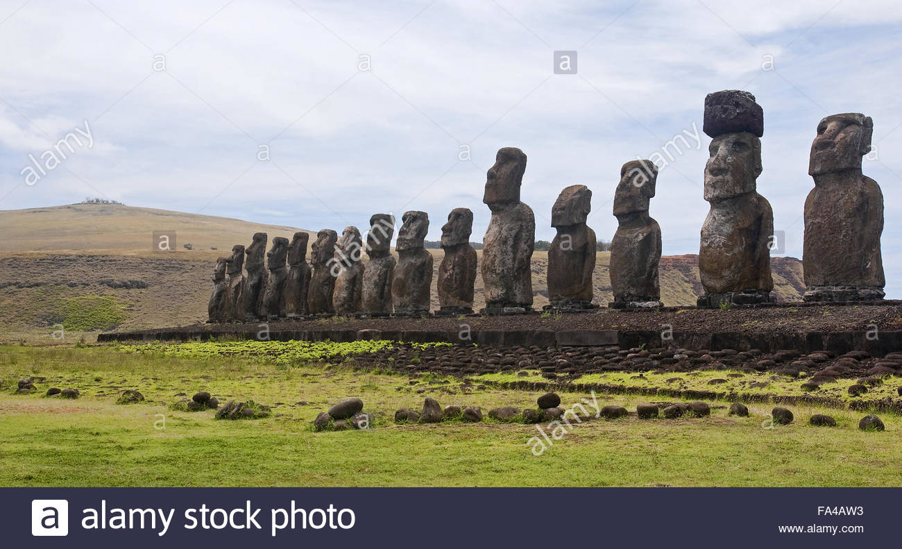 Easter Island (Chile) - old statues moai on the waterfront - Stock Image