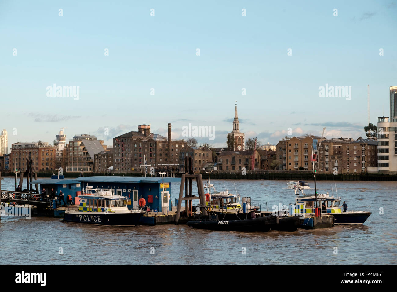 London, 25 November 2015: Wapping Pierhead - Metropolitan Police Marine Policing Unit on the River Thames - Stock Image