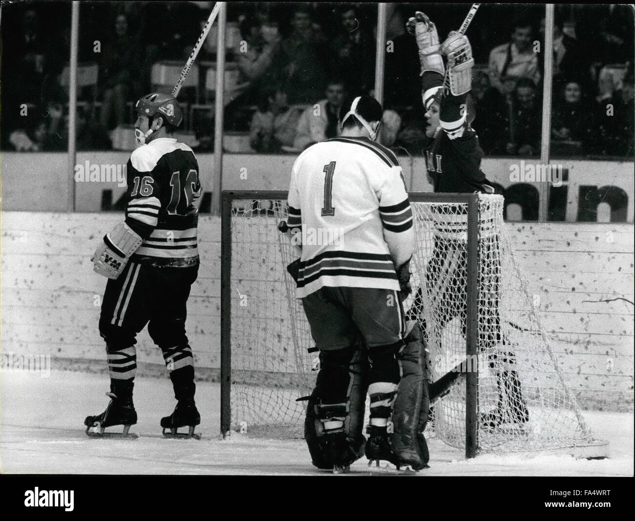 1970 - Ice Hockey Championships in Stockholm Finland -USA: A happy Jorma Preltonen Finland behind the goal made Stock Photo