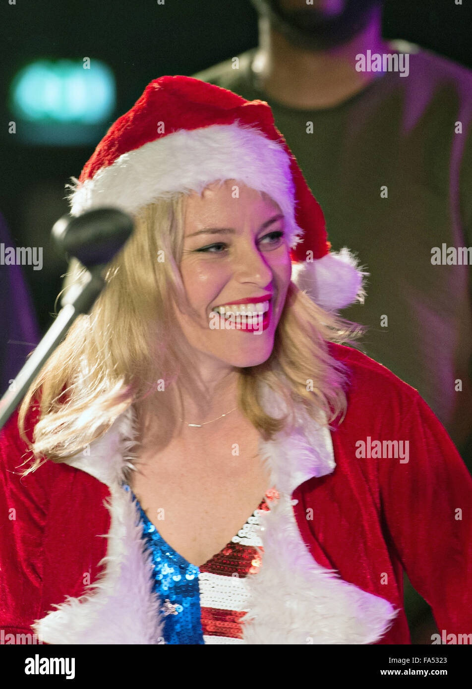 Actress Elizabeth Banks host a USO Christmas show for military personnel deployed to Ramstein Air Base December Stock Photo