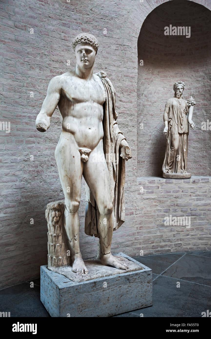 Statue of Apollo Barberini and muse, Glyptothek, Munich, Bavaria, Germany - Stock Image
