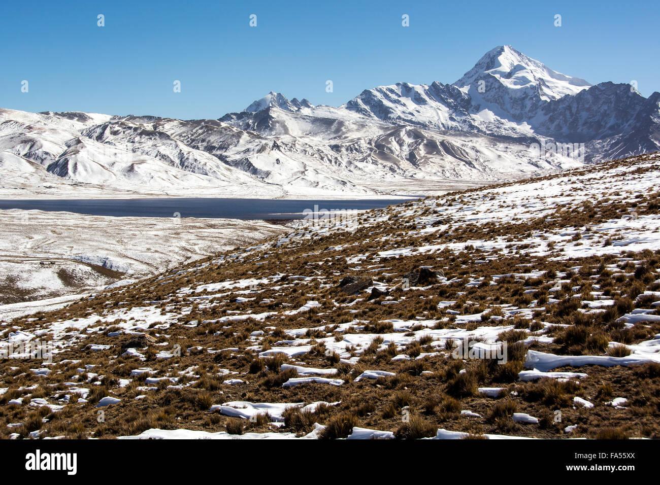 Huayna Potosi, 6088m, summit with snow, snow, Andes near La Paz, Bolivia - Stock Image