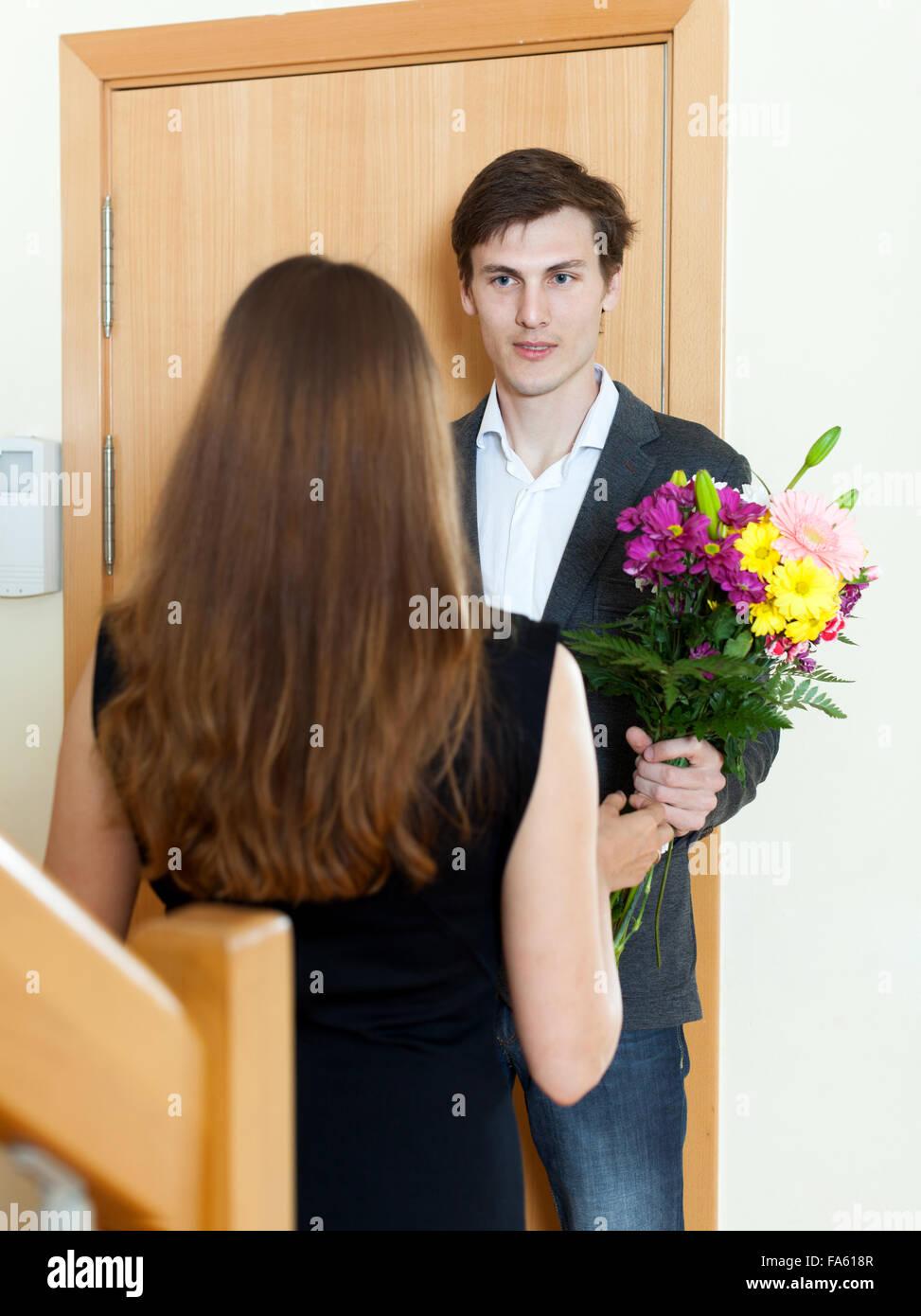 Юлией тимошенко пришли в гости к парню