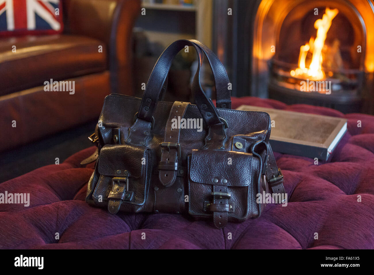 28a6df57092d Mulberry Handbag Stock Photos   Mulberry Handbag Stock Images - Alamy