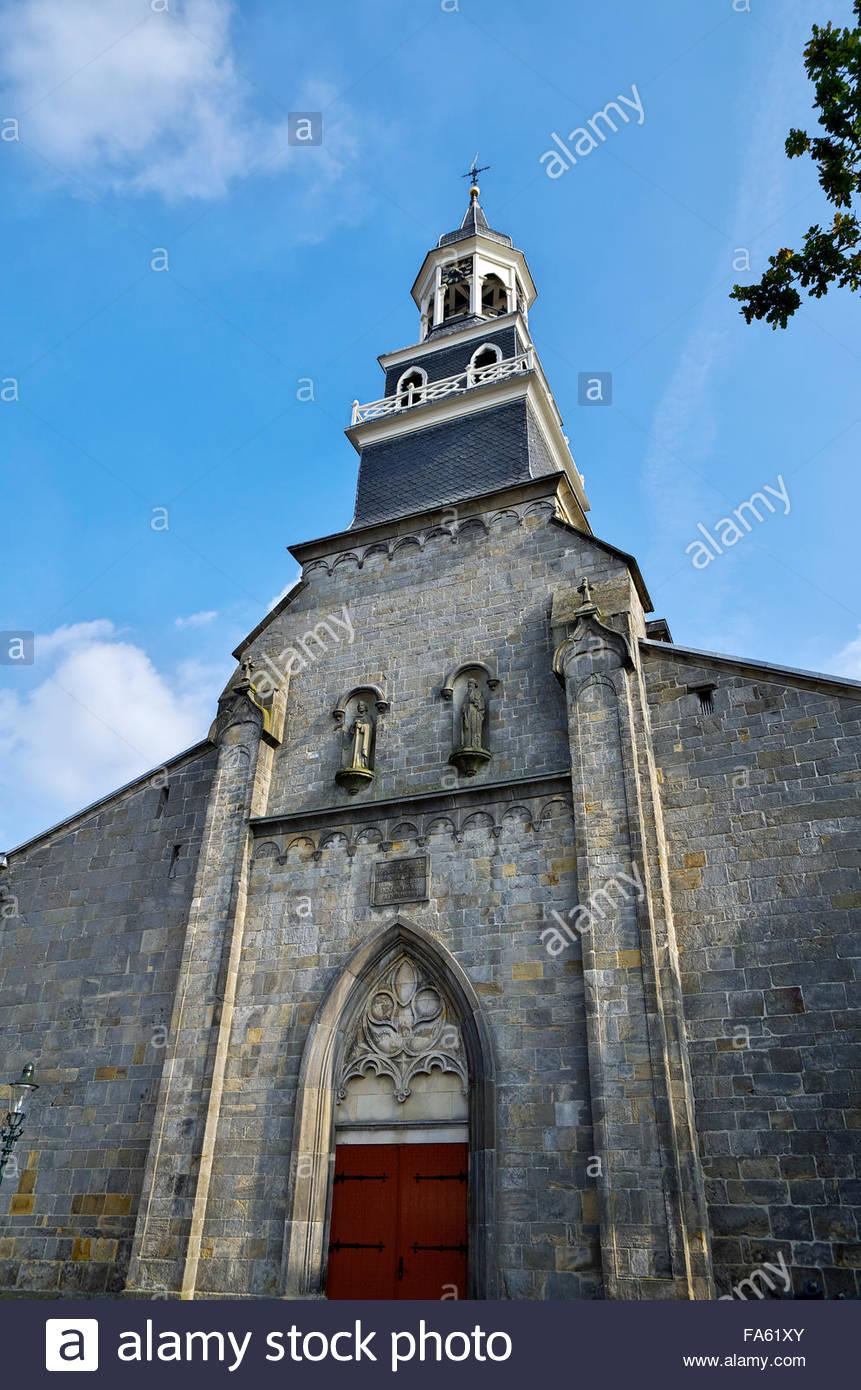 Sint Simon en Judaskerk — Saint Simon and Judas Roman Catholic Church — Ootmarsum, Twente, Overijjsel, The Netherlands - Stock Image