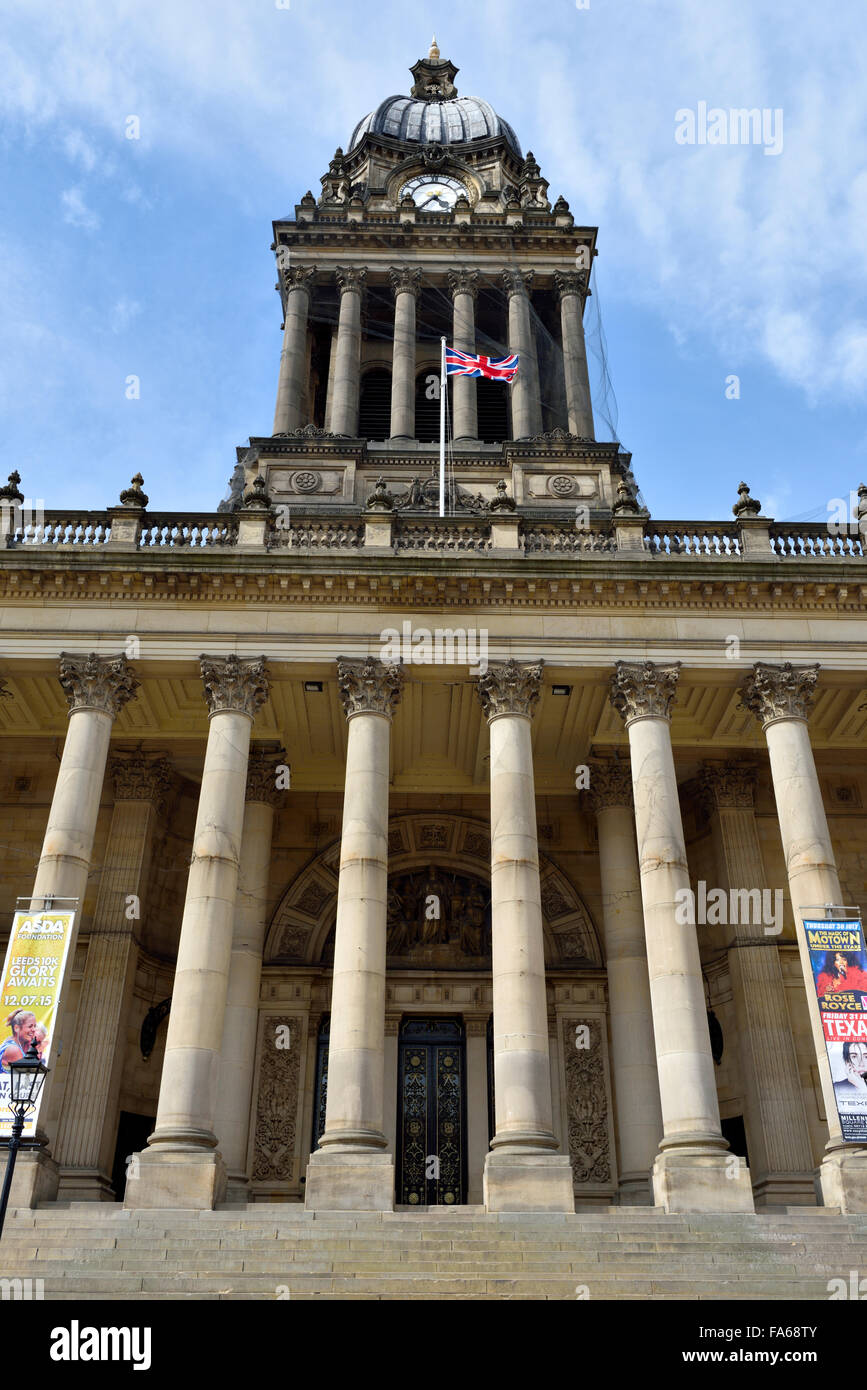 Front of Leeds Town Hall, on The Headrow, Leeds, West Yorkshire, England - Stock Image