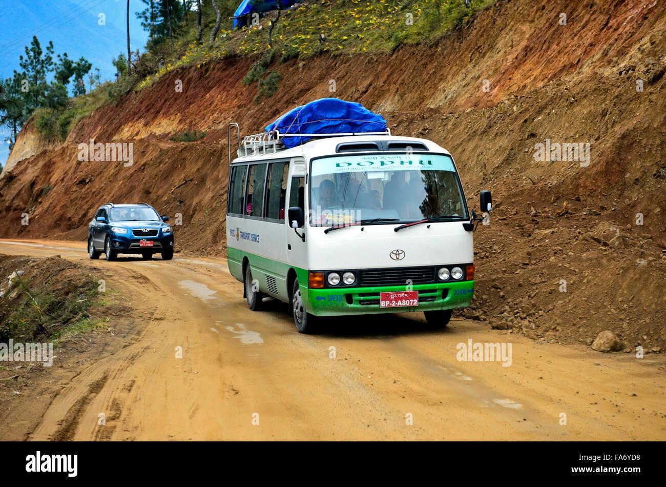 Local bus transportation on the Thimphu Punakha Highway, Bhutan - Stock Image