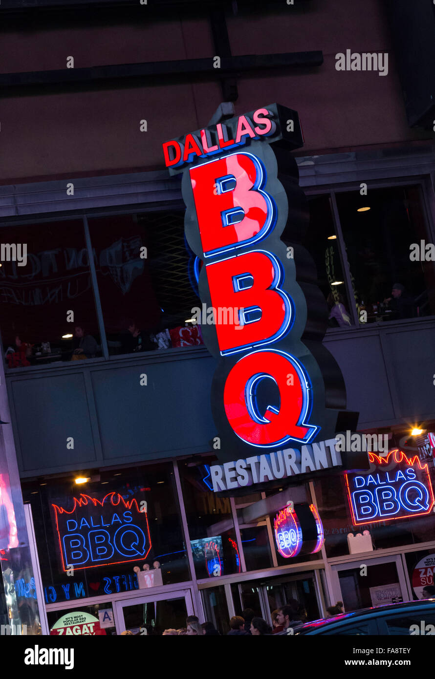Dallas Bbq Restaurant Lighted Sign Times Square Nyc Stock