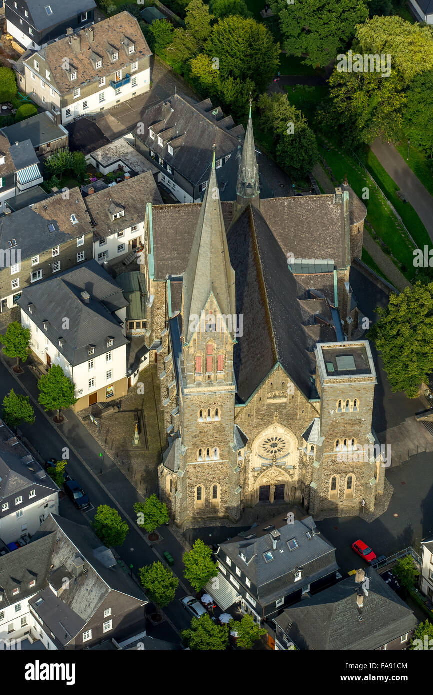 Downtown Olpe on the marketplace with St.Martinus Church, Olpe, Olpe, Sauerland, South Westphalia, North Rhine Westphalia, - Stock Image