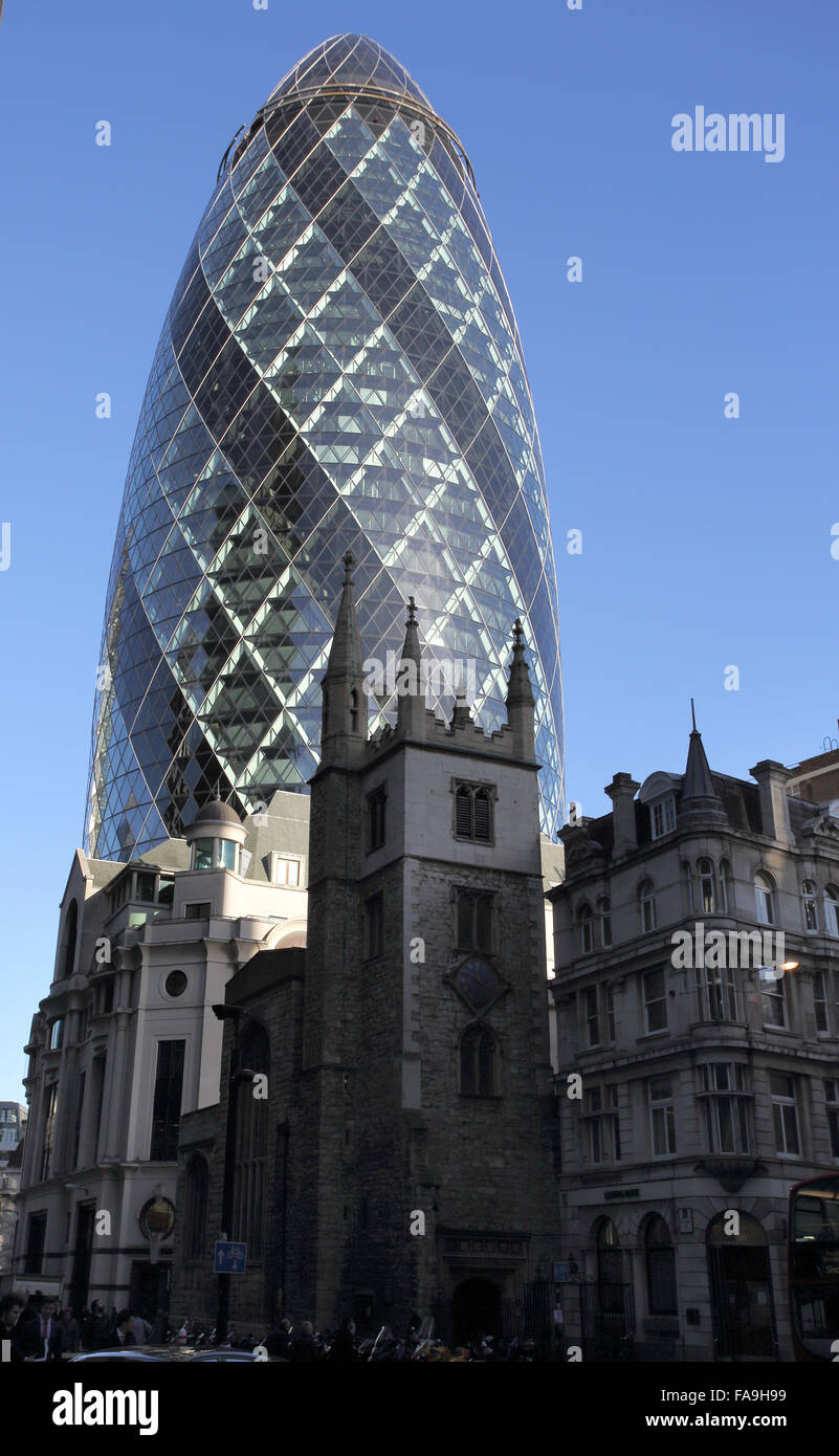 the gherkin in the city of london Stock Photo: 92409557 - Alamy
