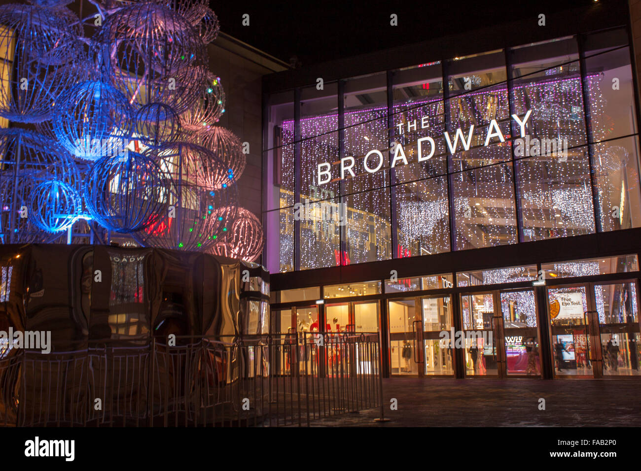 The broadway shopping centre bradford at night opened for The broadway