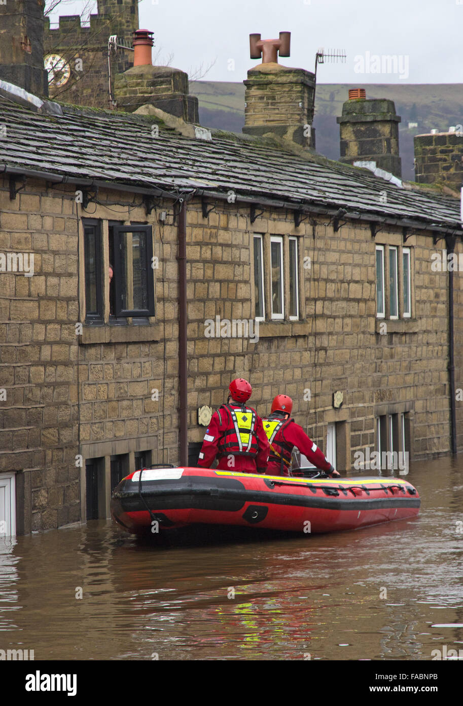 Mytholmroyd, Calderdale, West Yorkshire. 26th December, 2015.Boxing Day Floods. Stock Photo