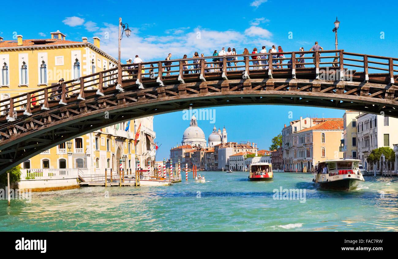 Accademia Bridge over Grand Canal (Canal Grande), Venice, Veneto, Italy - Stock Image