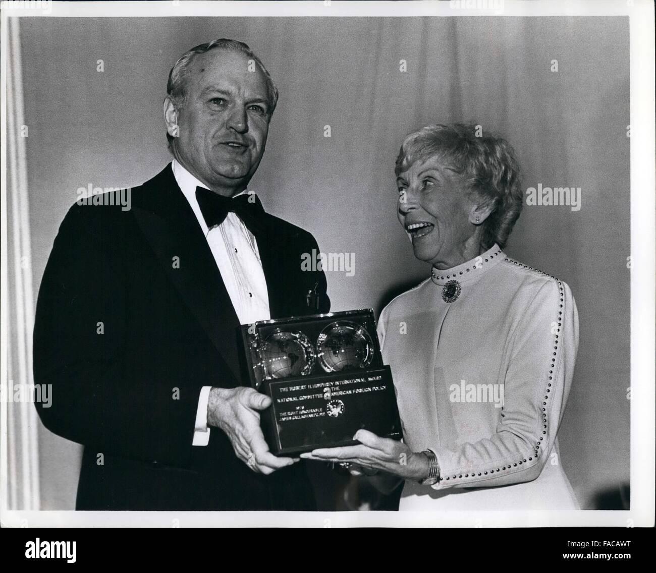 1980 - Tribute to Hubert Humphrey dinner, Waldorf Astoria 6/26/78-benefiting the Hubert H. Humphrey Institute of - Stock Image