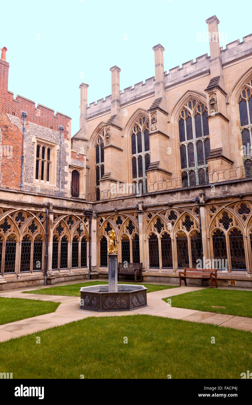The Dean's Cloisters in the Lower Ward at Windsor Castle, Berkshire, England, UK - Stock Image