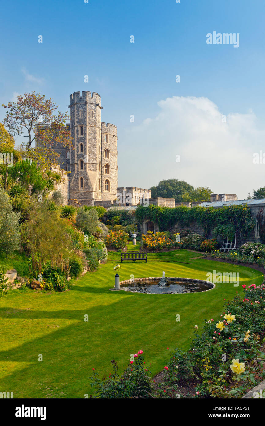 The garden below the King Edward III Towers at Windsor Castle, Berkshire, England, UK - Stock Image