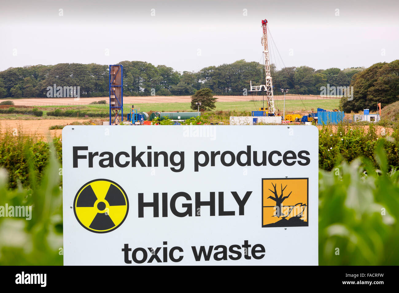 A test drilling site for shale gas at Preese Hall Farm near Blackpool, Lancashire, UK. The gas is contained within - Stock Image